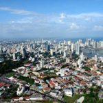 Skyline Panama City aus dem Flugzeug