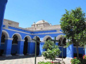 Peru Rundreise mit Besuch im Kloster Santa Catalina
