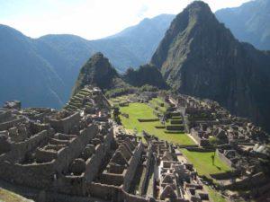 Inka Ruinen Machu Picchu bei einer Peru Rundreise