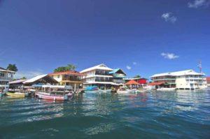 Isla Colon, die Hauptinsel der Bocas del Toro