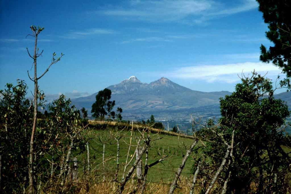 Reise entlang der Vulkanstraße in Eucador