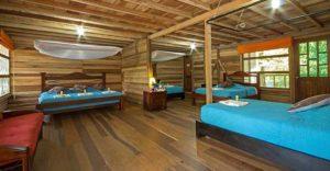 Cabina der Sani Lodge, Ecuador