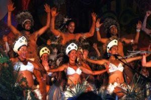 Polynesischer Tanz der Rapa Nui auf der Osterinsel