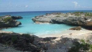 Die Isla de Juventud liegt auf atlantischer Seite von Kuba und bietet Traumstrände